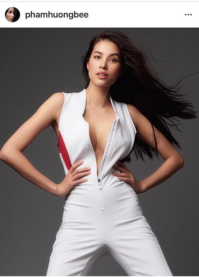 Hình ảnh Phạm Hương mặc áo phanh ngực, không nội y lại gây xôn xao - 1